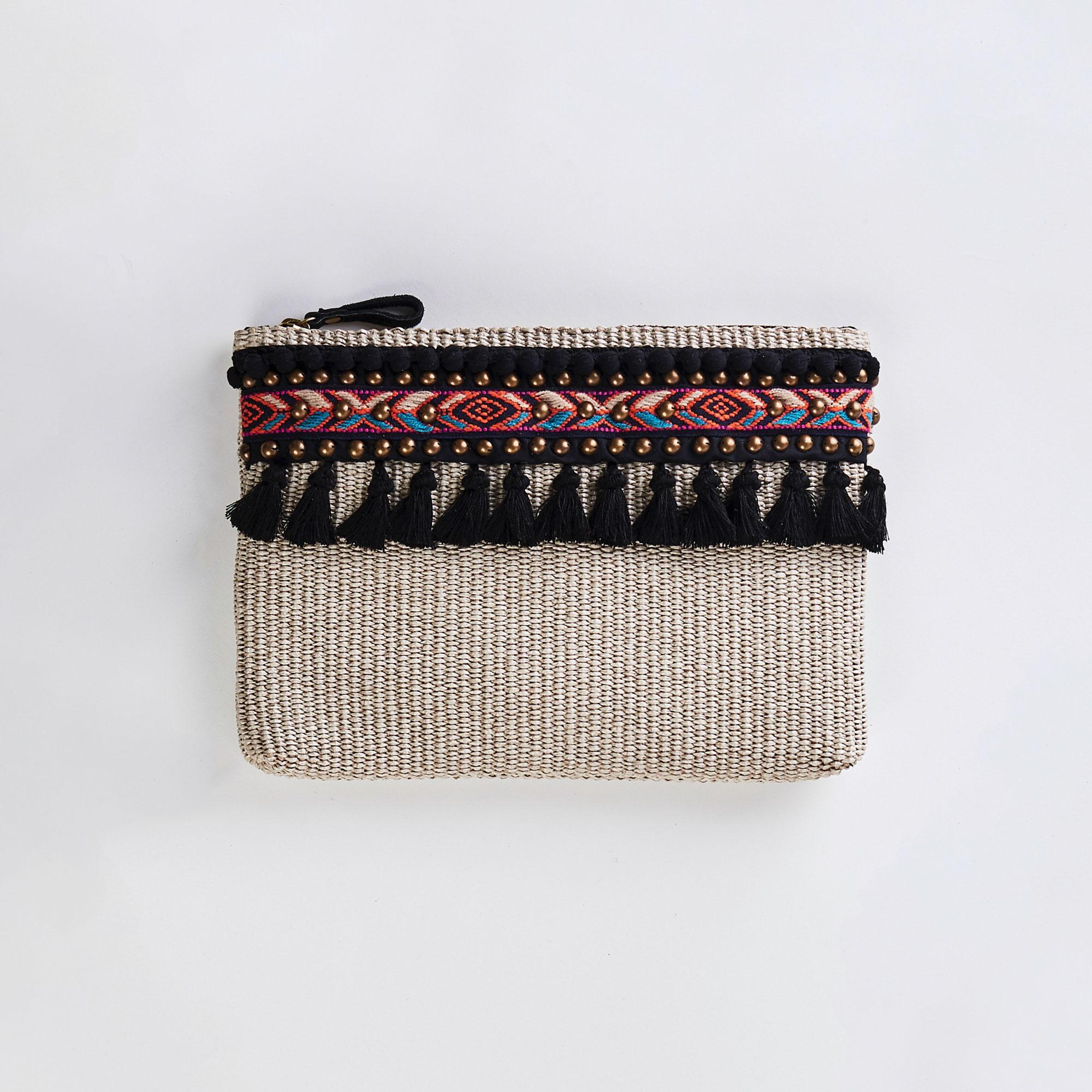 Clasp-Rafia-A02-viamailbag